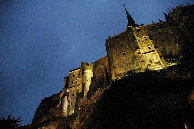 À l'assaut du Mont-Saint-Michel